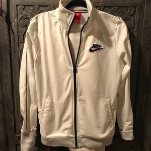 Classic Nike tracksuit set, size medium.